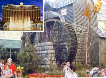 Waterwheel in Bellagio Hotel